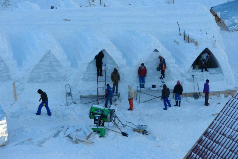 Tema din această iarnă a Hotelului de Gheaţă de la Bâlea Lac