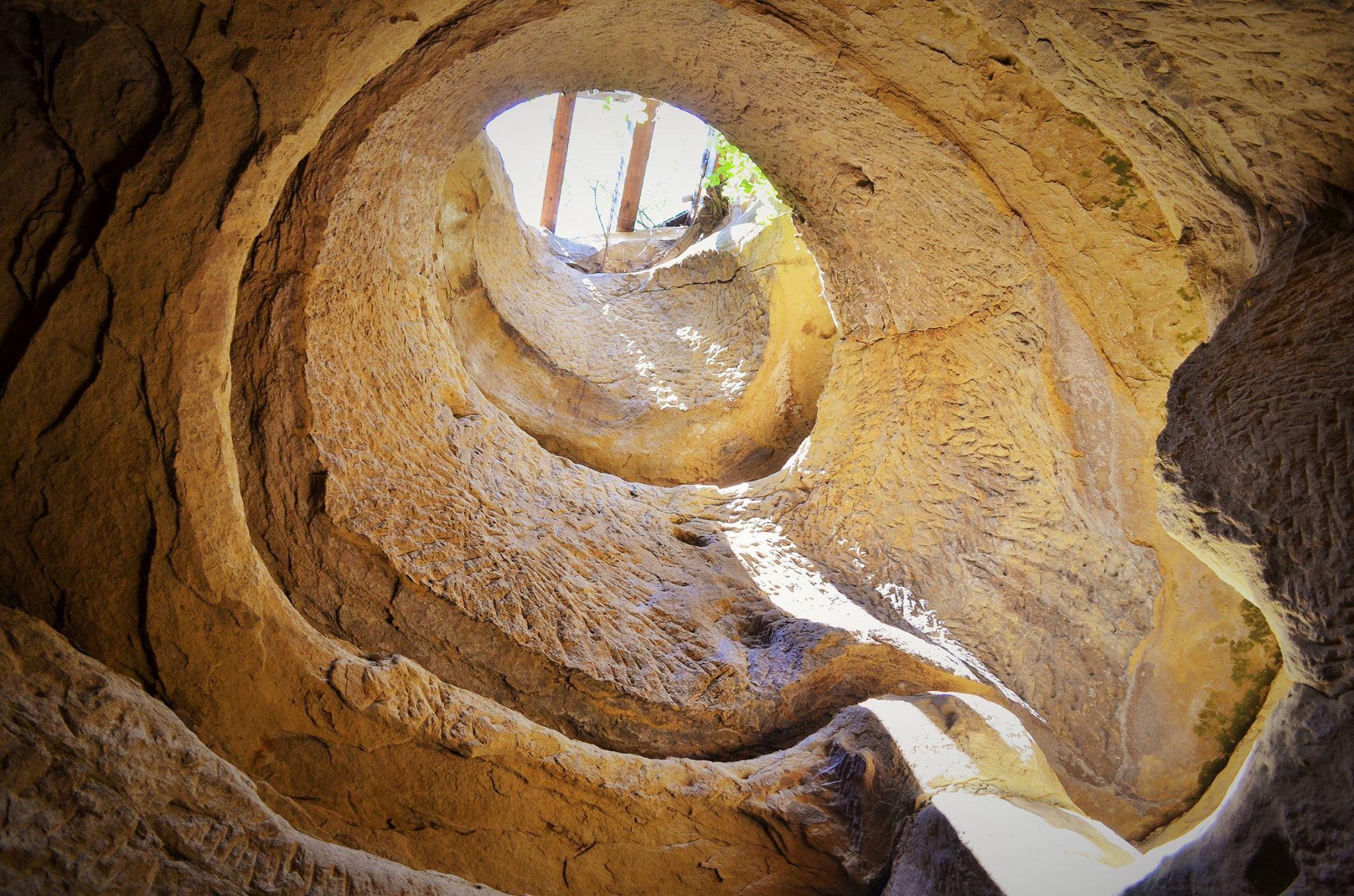Templul Dacic al Ursitelor de la Şinca Veche