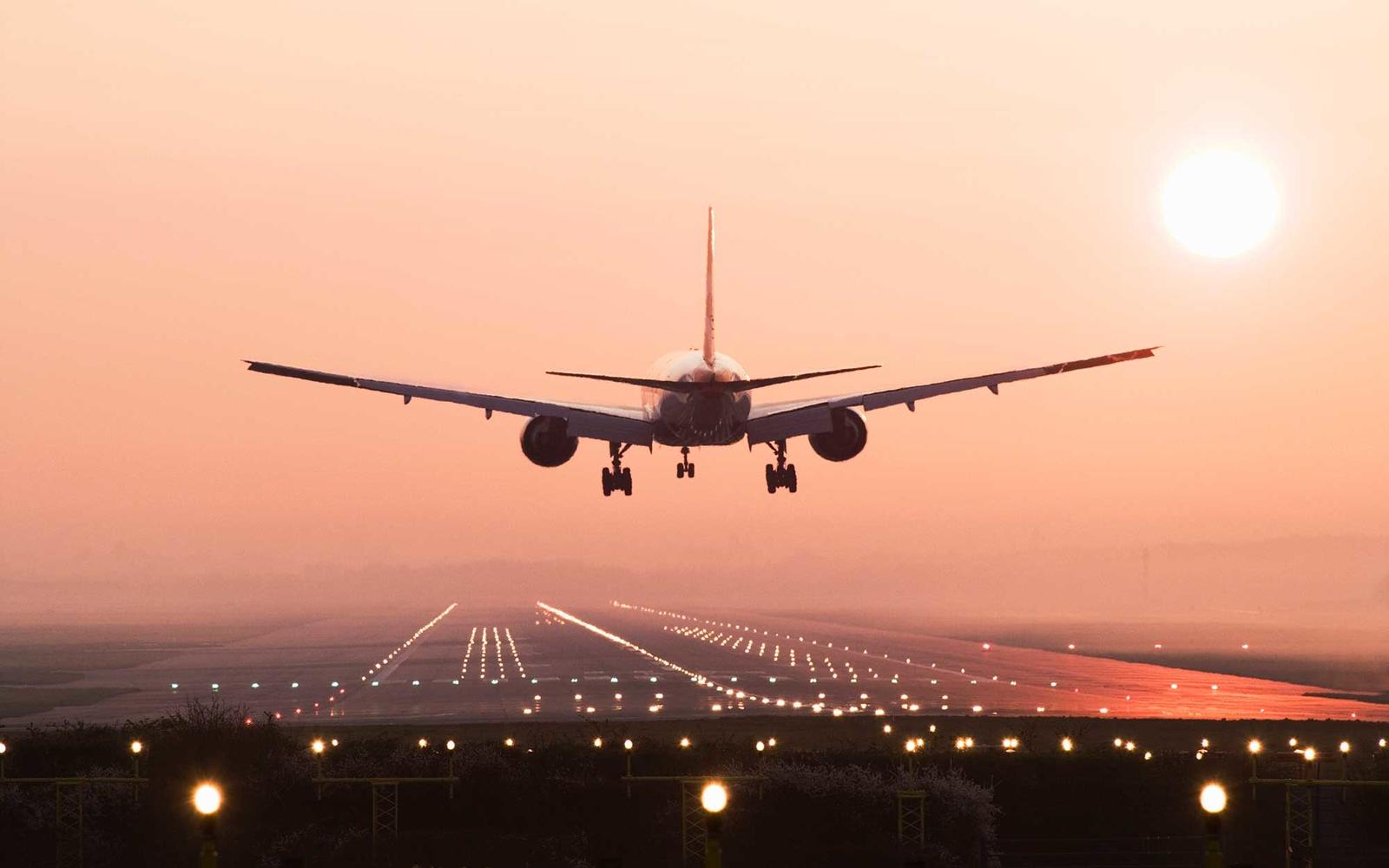 7 lucruri pe care le poţi primi gratuit atunci când călătoreşti cu avionul