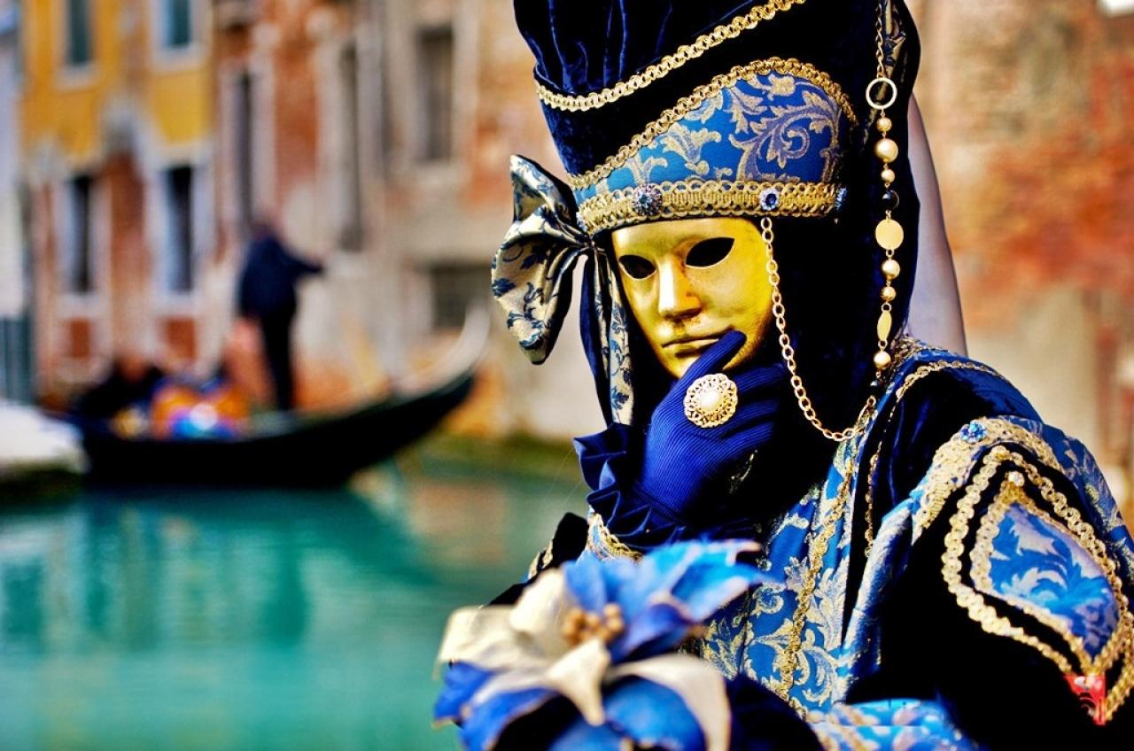 Carnavalul de la Venetia 2193947415 0 huge