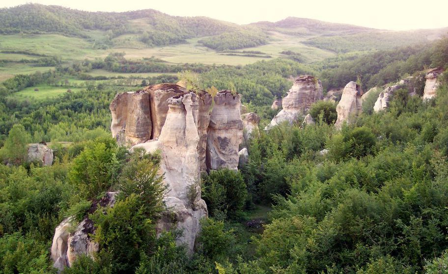 Peisaje de poveste! 3 locuri mai puţin cunoscute din România