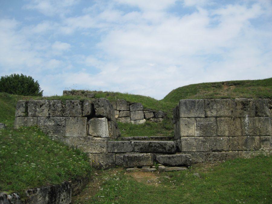 Cetatea Blidaru2 e1545480935314