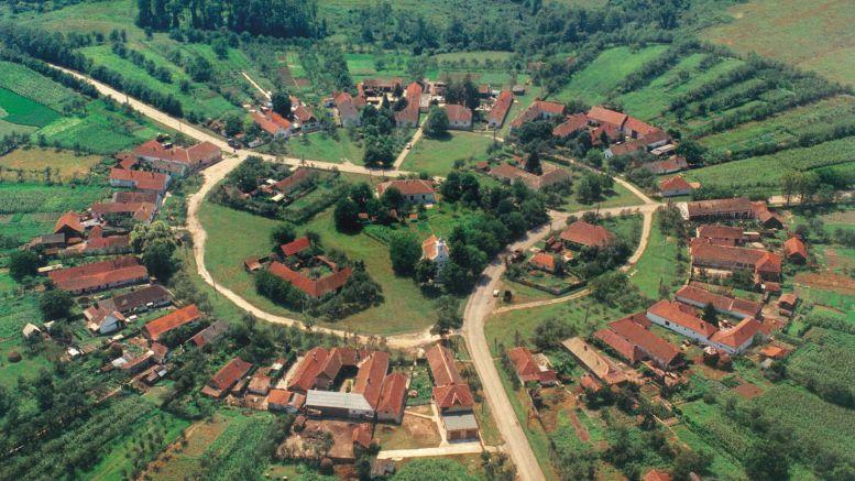 Charlottenburg – singurul sat circular din România