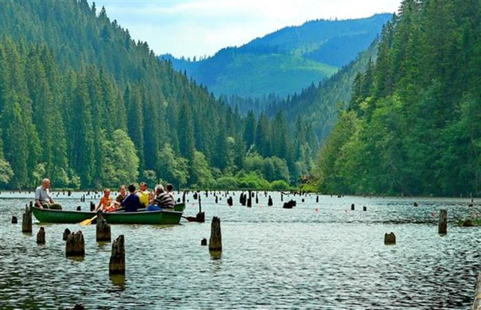 Lacul Sfanta Ana și Tinovul Mohoș, județul Harghita