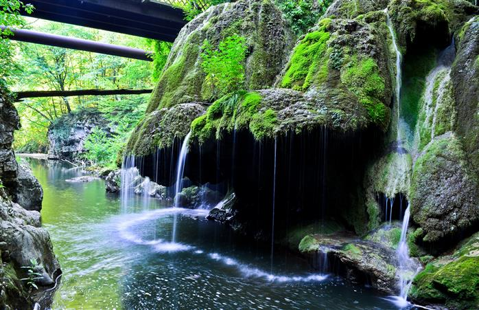 Top 10 cascade din România