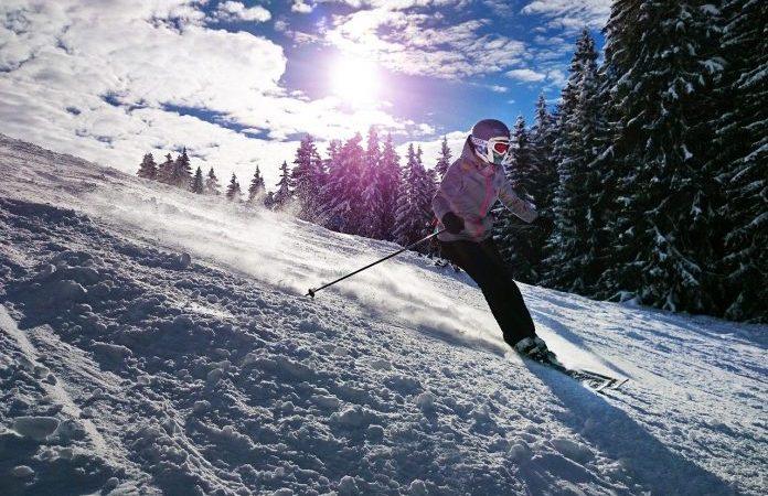 Stațiune de schi