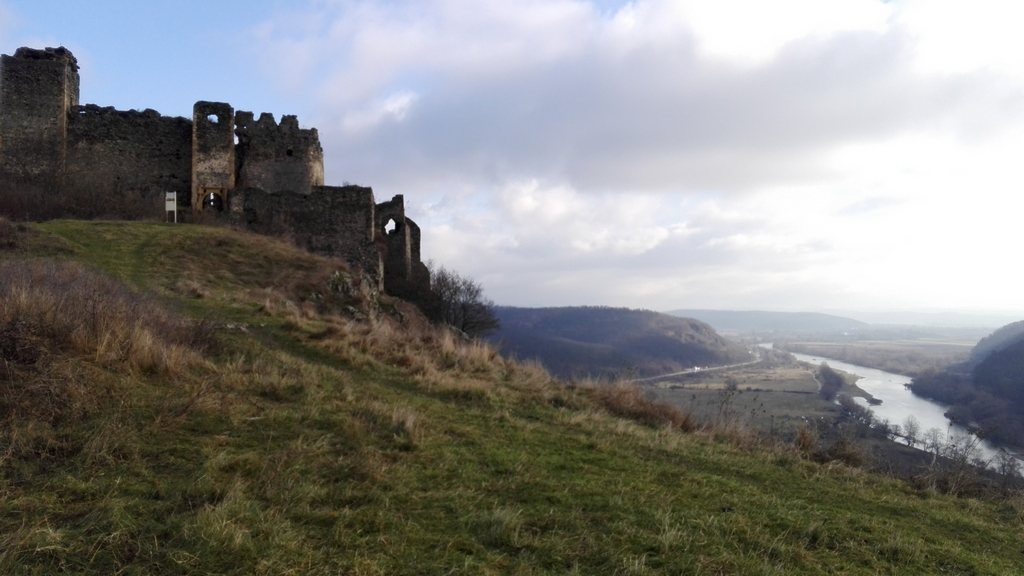 Cetatea medievala Soimos 27