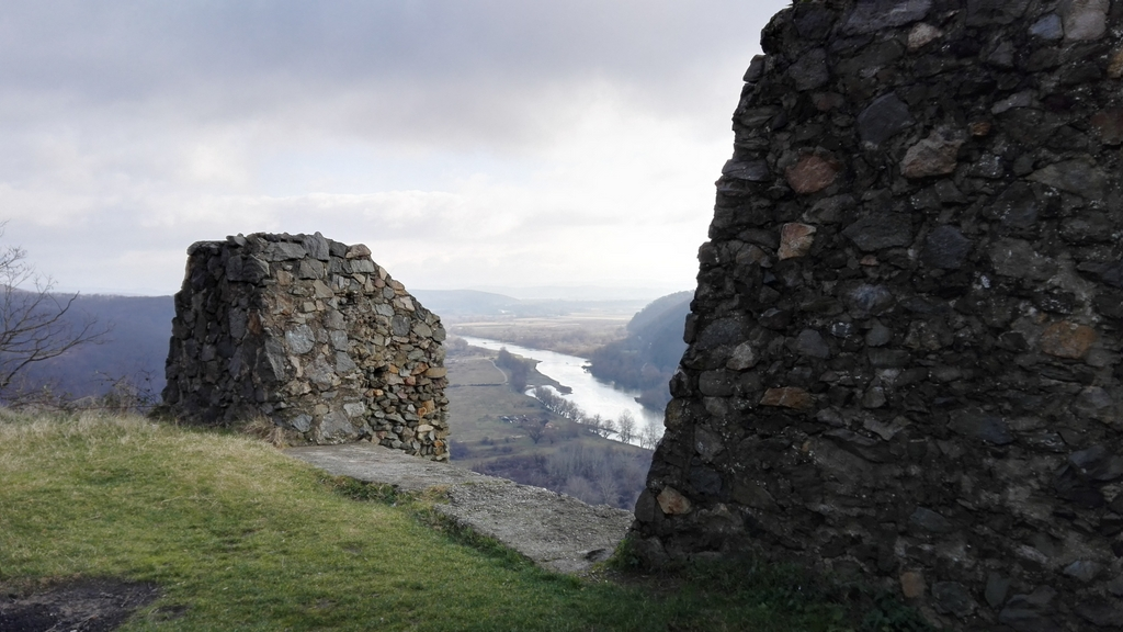 Cetatea medievala Soimos 69