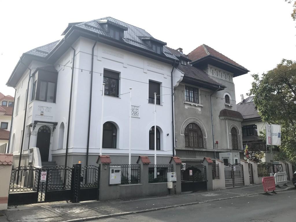 Muzeul profesor doctor Victor Babes obiective turistice Bucuresti Romania 2