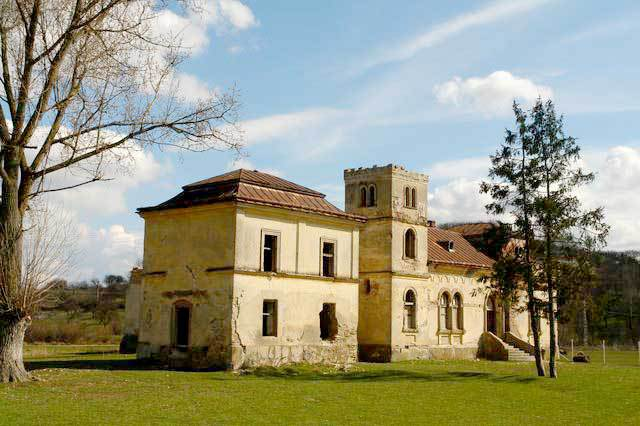 castelul bay treznea