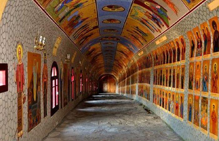 Tunelul celor 365 de sfinţi
