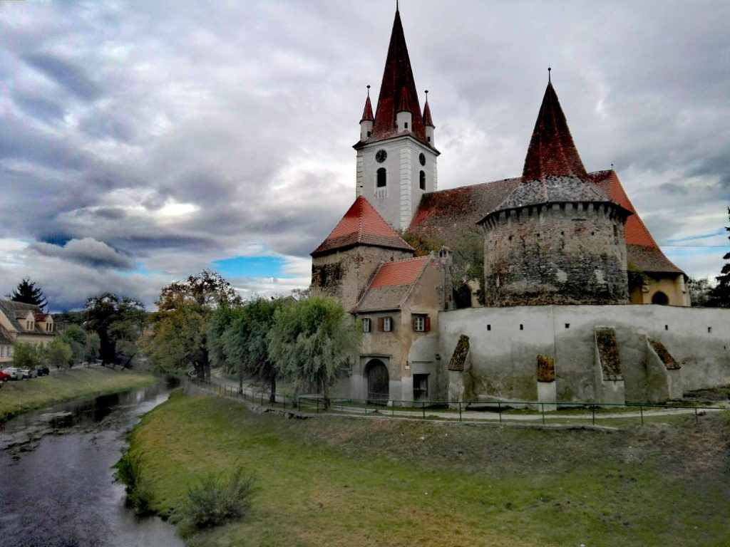 Biserica Evanghelica Cristian Sibiu obiective turistice Romania 36 1040x780 1