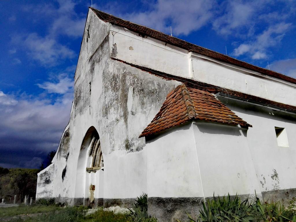 Biserica Halmeag obiective turistice Brasov Romania 39