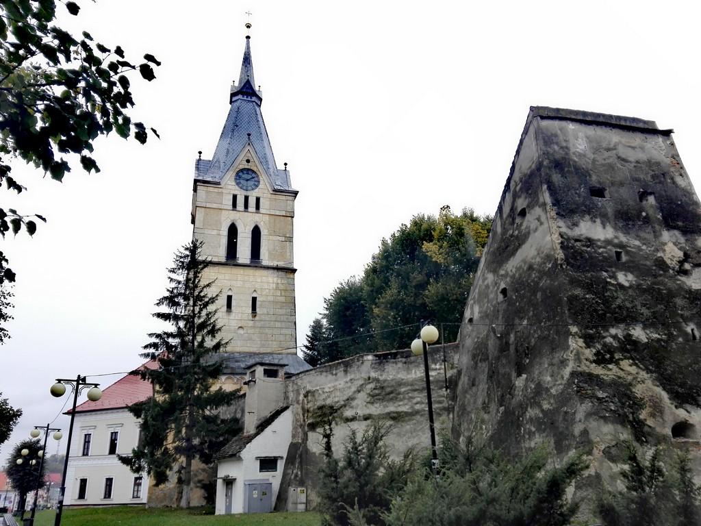Biserica fortificata Codlea obiective turistice Brasov Romania 32 1
