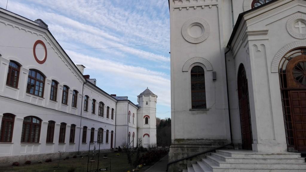Manastirea Bistrita judetul Valcea 12