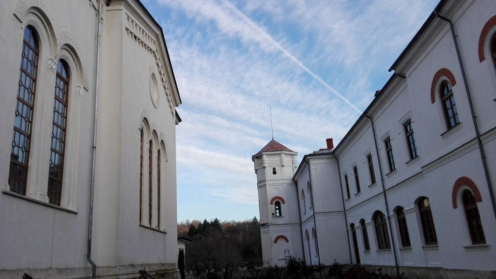 Manastirea Bistrita judetul Valcea 38