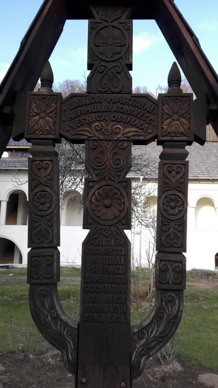 Manastirea Surpatele 87