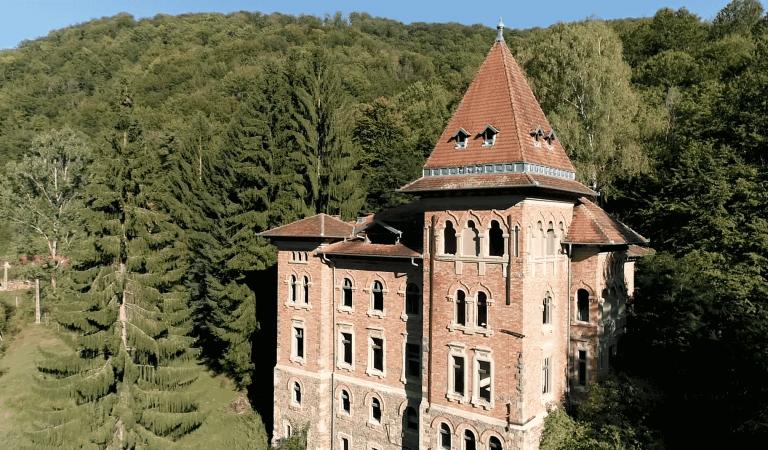 Povestea castelului din Apuseni