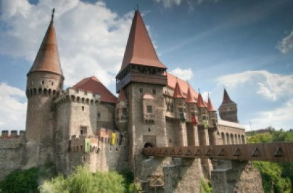 castelul corvinilor 300x198 1