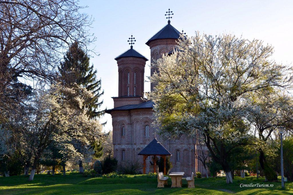 manastirea Snagov tepes
