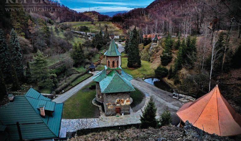 Mănăstirea Prislop, poarta spre o lume a minunilor