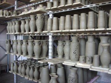 Obiecte din ceramica neagra de la Marginea unica in Europa