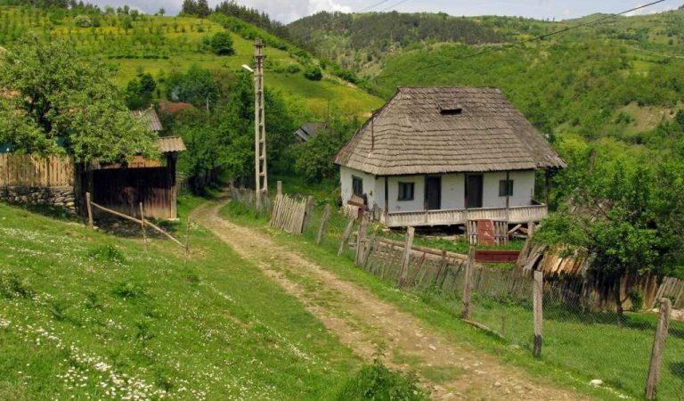 Satul autentic românesc