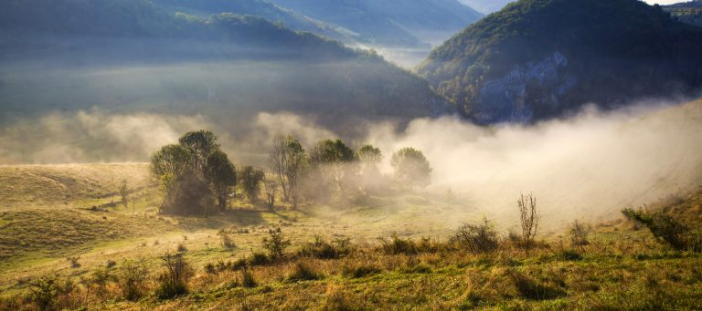 apuseni mountains romania misty autumn morning PNR5AGD