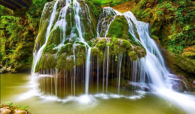 Cascada Bigăr – regina cascadelor se află pe plaiuri românești
