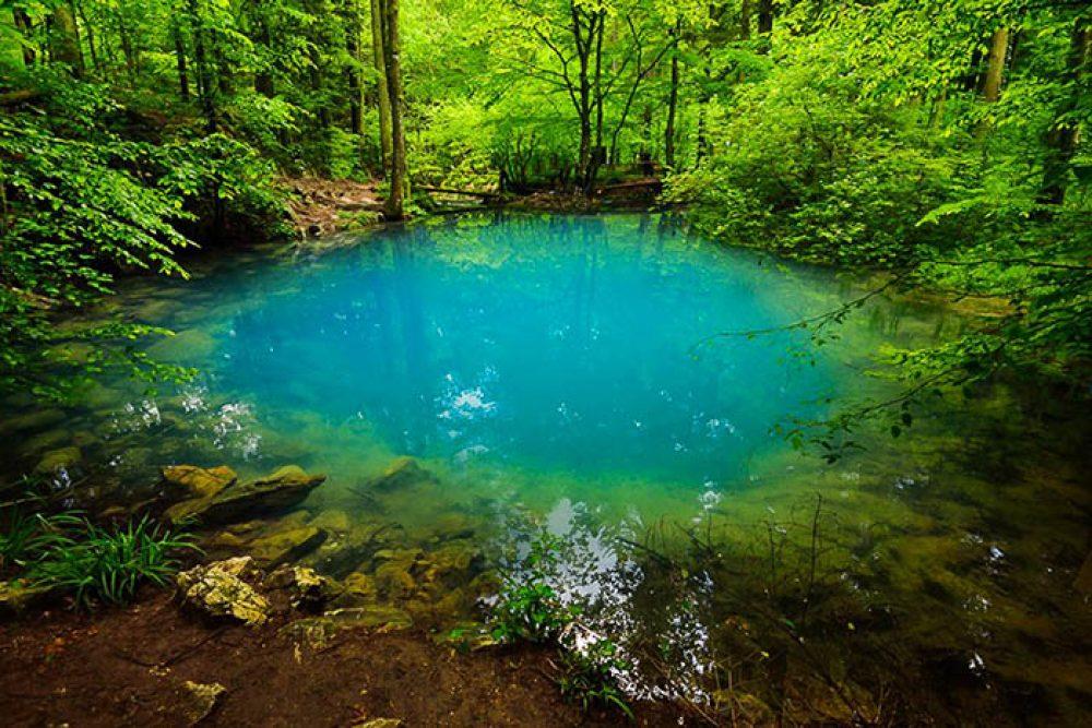 Lacul Ochiul Beiului Cheile Nerei 644305276