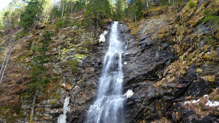 cascada scorusu