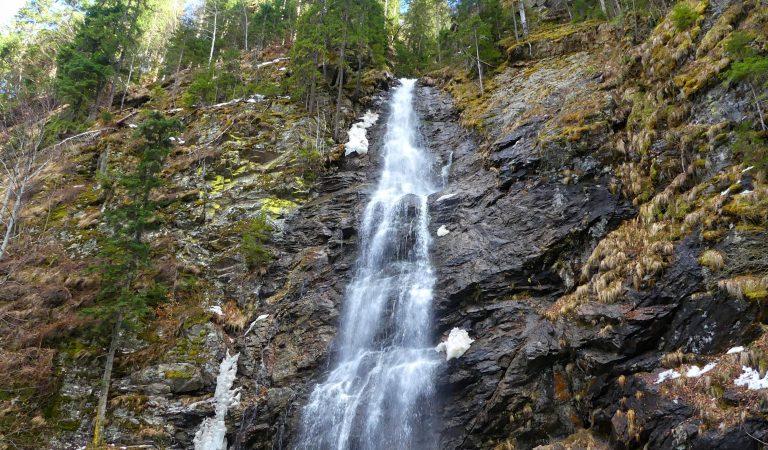 Cascada Scorusu sau a lui Ciuca