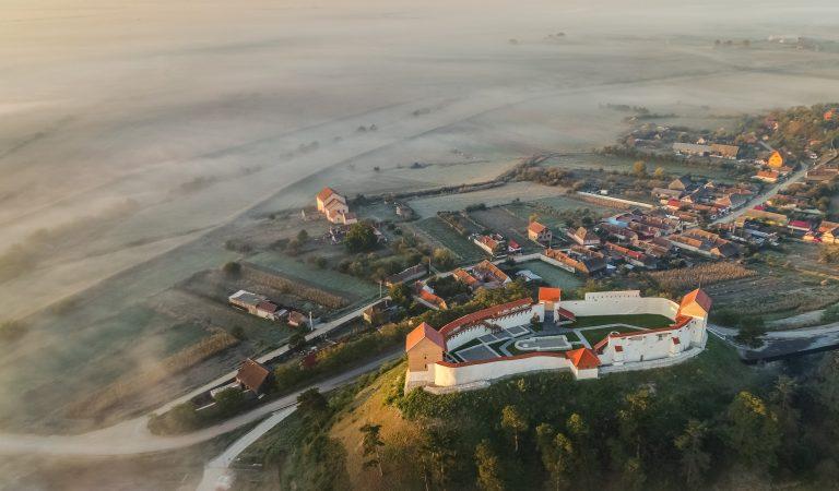 Cetatea fortificată Feldioara din Transilvania