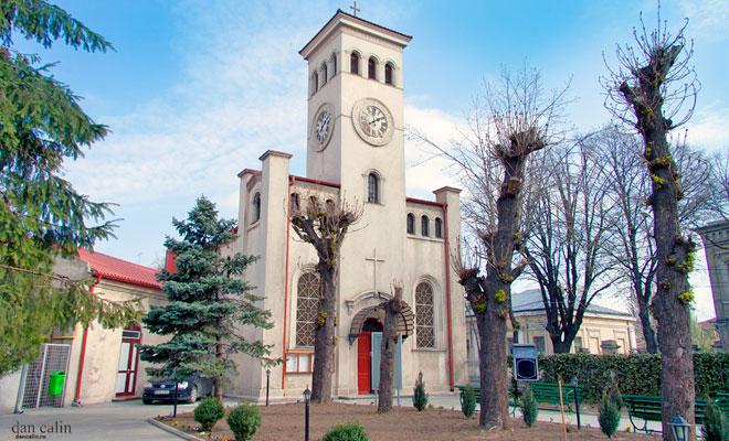 Biserica Romano Catolica din orasul Braila dan calin