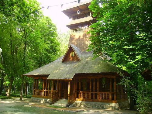 manastirea din statiunea lacu sarat