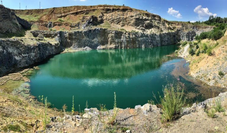 Racoș – vacanță în culori de smarald