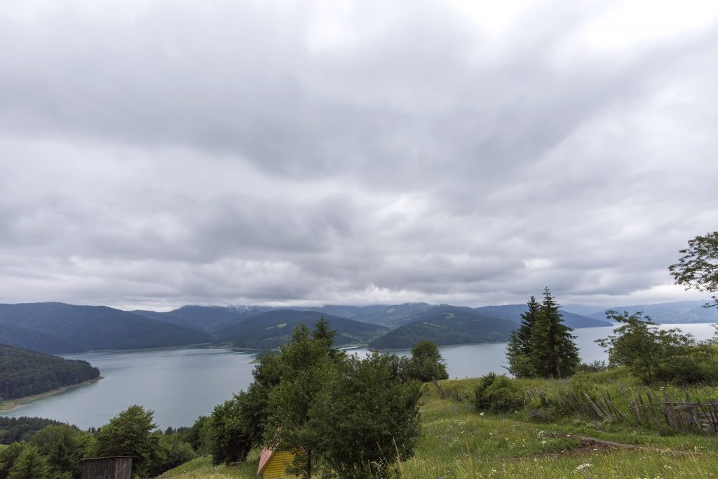 cloudy landscape view from lake bicaz in romania 6G5KUTZ