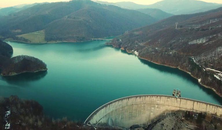 Lacul Păltinoasa – marea dintre munți
