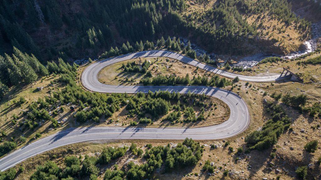 transfagarasan highway in romania J9EMXD8