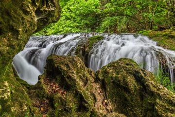 vaioaga waterfall PH837YM