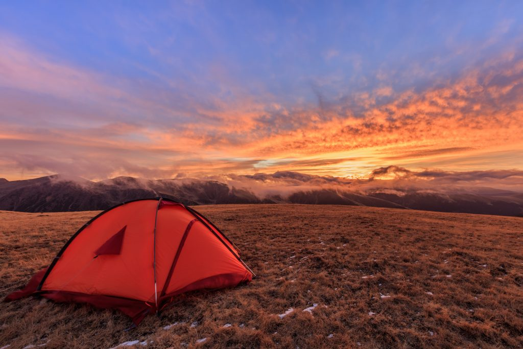 sunrise in fagaras mountains romania 7JMNYKP