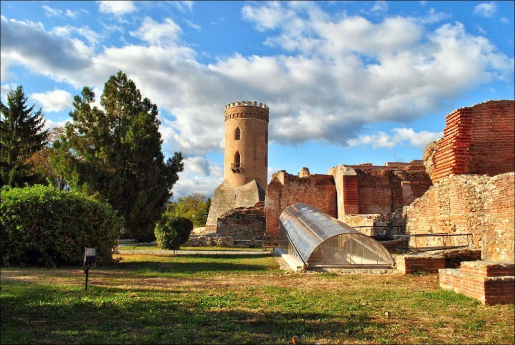 Turnul Chindiei Curtea Domneasca1