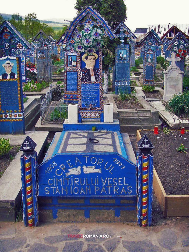 Cat costa de fapt un loc de veci in Cimitirul Vesel din Sapanta 1