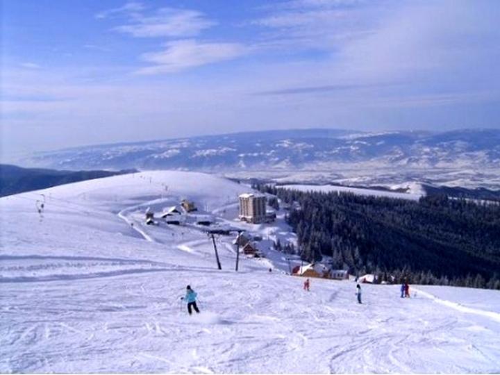 large poza partia de ski muntele mic 2