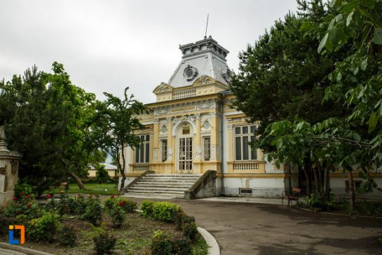 muzeul de istorie si arheologie casa alaci din focsani 545x364 1