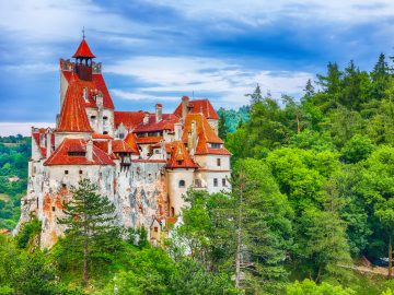 the medieval castle of bran known for the myth of 4RPCFJ3