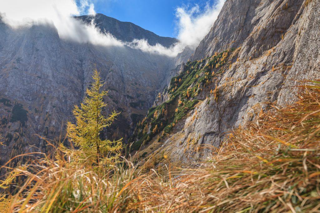 bucegi mountains romania PWRLAWJ