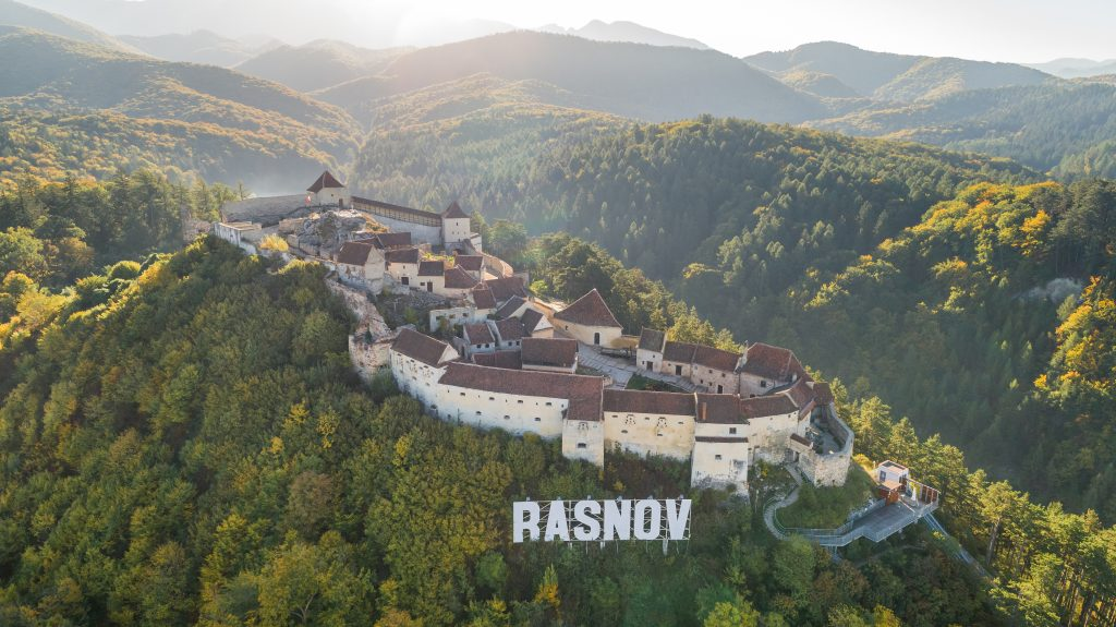 rasnov fortress romania A4ULDHC